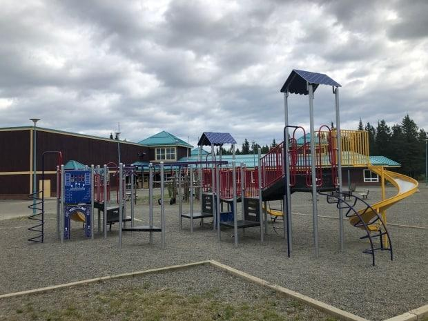 Hidden Valley Elementary School in Whitehorse. The Yukon Department of Education is hosting a meeting next week for parents following the arrest of a former educational assistant at the school on new sexual abuse charges. (Jackie Hong/CBC - image credit)
