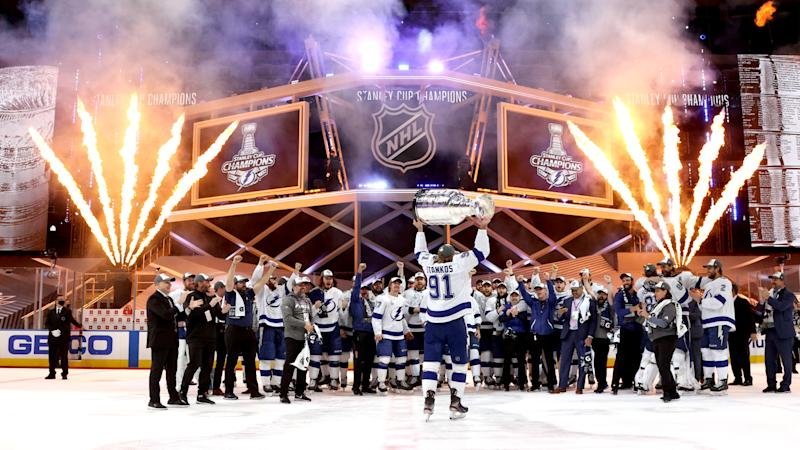 Lightning win first Stanley Cup since 2004