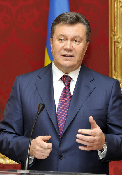 Ukrainian President Viktor Yanukovych of Ukraine speaks during a news conference after his meeting with Austrian President at the Hofburg palace, in Vienna, Austria, Thursday, Nov. 21, 2013. Yanukovych is in Austria for a two-day official visit. Ukraine's parliament on Thursday refused to release the charismatic former Prime Minister Yulia Tymoshenko from jail, dealing a harsh blow to this ex-Soviet republic's chances of integration with the European Union. (AP Photo/Hans Punz)