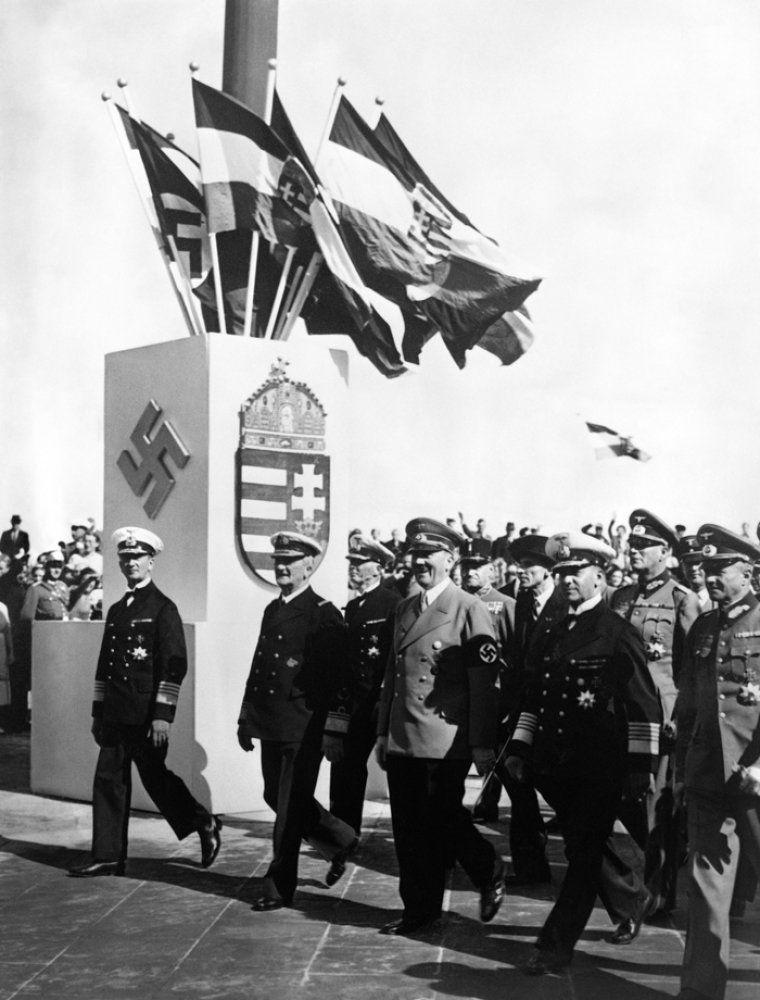 German nazi Chancellor Adolf Hitler (L) receives Italian Governor of Lybia Italo Balbo (C) at the Berghof near Berchtesgaden on August 13, 1938. AFP PHOTO / FRANCE PRESSE VOIR (Photo credit should read -/AFP/Getty Images)