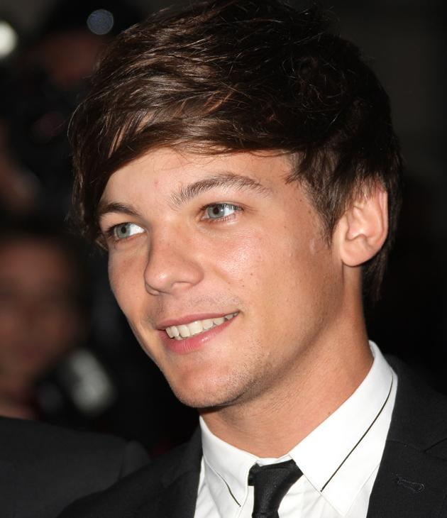 Louis Tomlinson photos: Our crush grows stronger every day especially after seeing this pic.