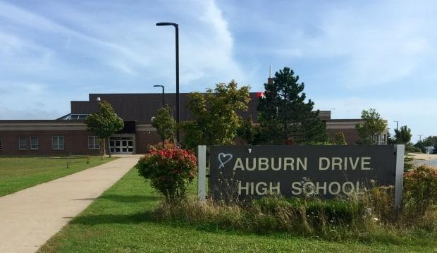 Auburn High School in Dartmouth, N.S., is among the schools that will be closed starting tomorrow. The students will switch to online learning. (Craig Paisley/CBC - image credit)