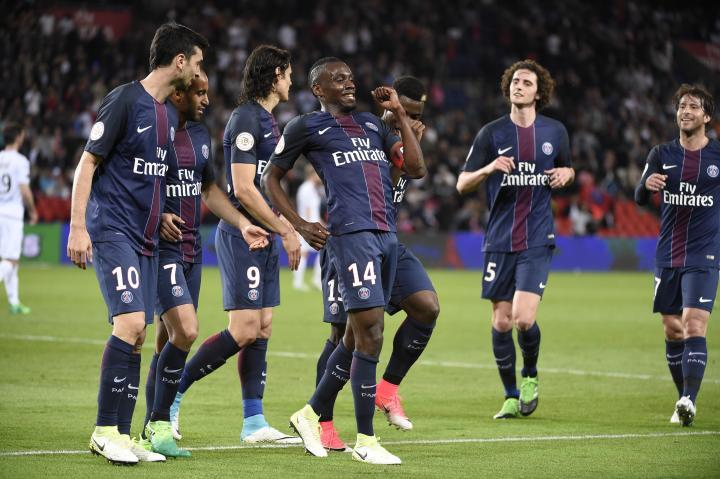 Paris Saint Germain vs Guingamp - Ligue 1