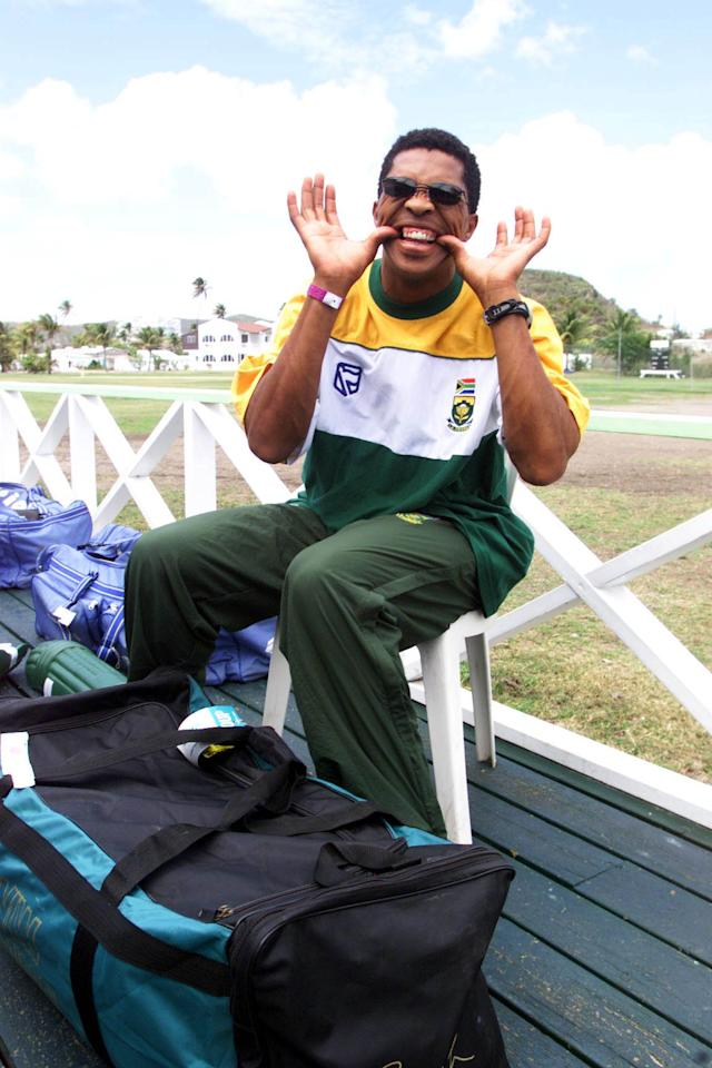 30 Apr 2001:  Makhaya Ntini at training during the South African Cricket Tour to the West Indies Jolly Beach Antigua. DIGITAL IMAGE    Mandatory Credit: Touchline Photo/ALLSPORT