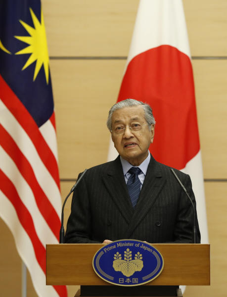 Malaysia's Prime Minister Mahathir Mohamad attends their joint news conference with Japan's Prime Minister Shinzo Abe (not in picture) at Abe's official residence in Tokyo, Tuesday, Nov. 6, 2018. (Issei Kato/Pool Photo via AP)