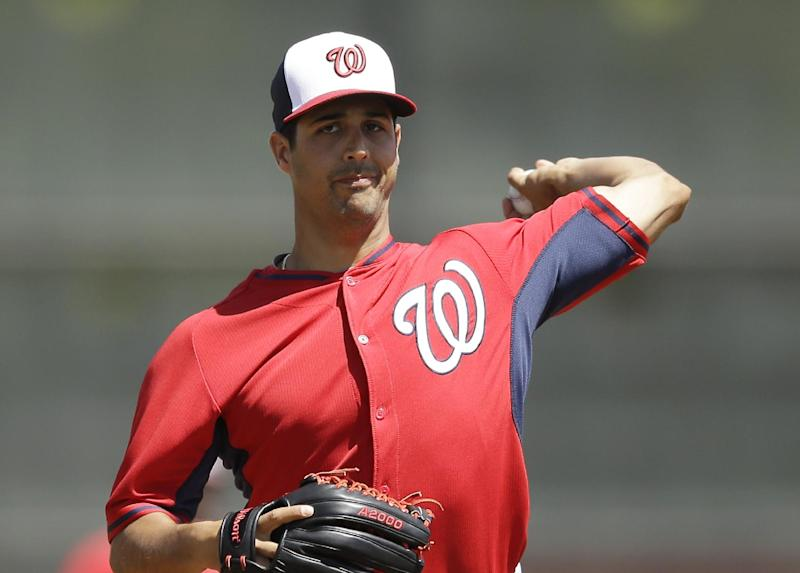 Nationals' split squad tops Astros 4-3