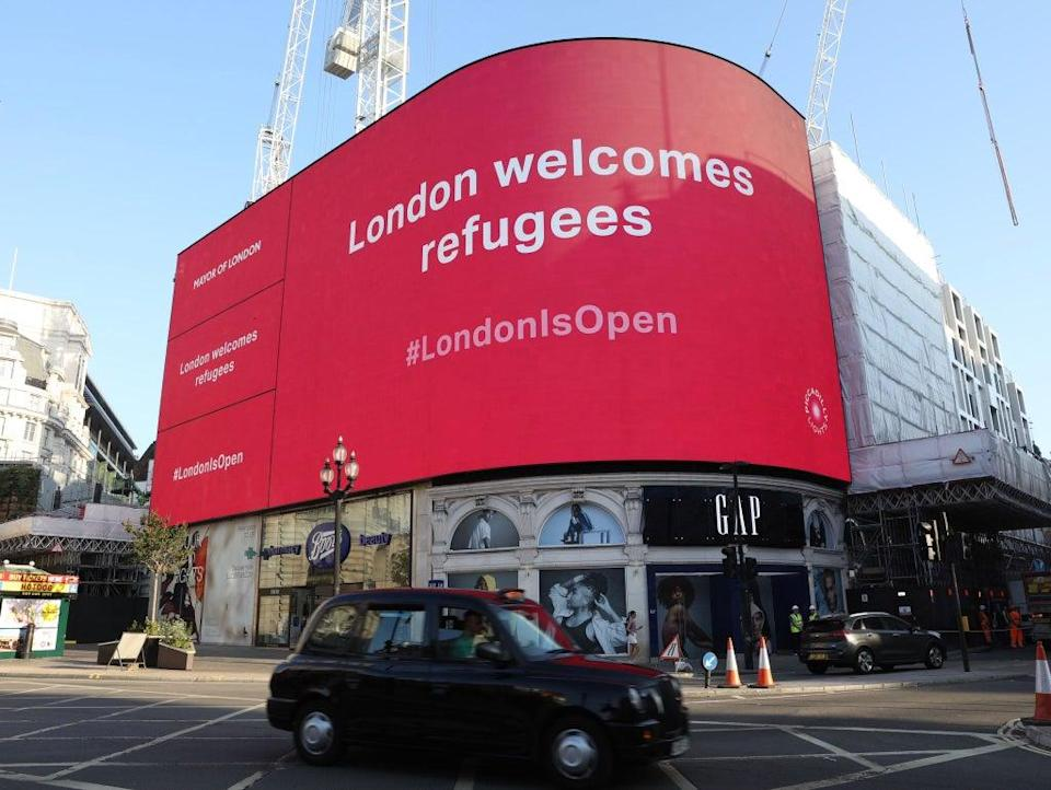 A messaging campaign welcoming refugees launched in Piccadilly Circus on Tuesday  (City Hall)