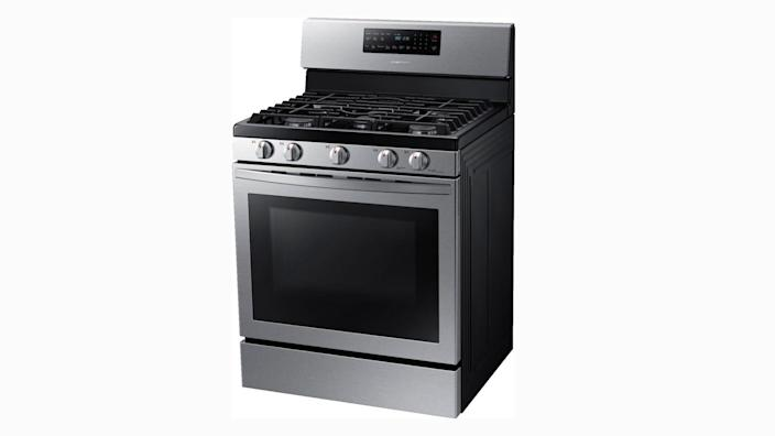Black Friday 2020: Samsung's NX58R5601SS gas convection range is one of our favorites, and it's at a great price.