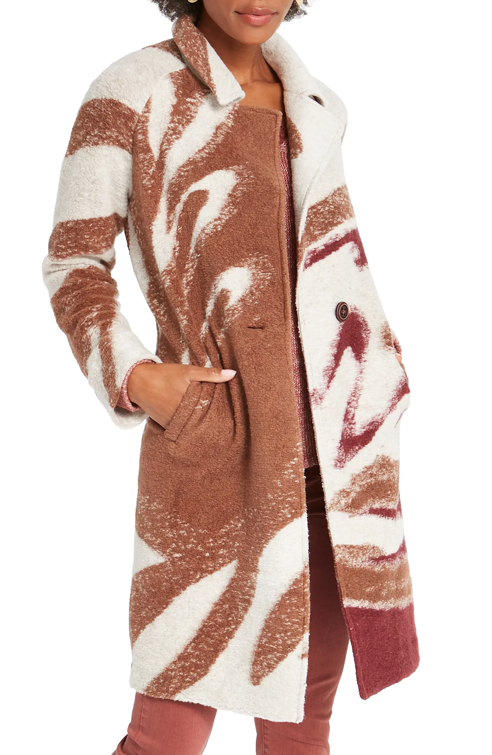 "<br><br><strong>NIC+ZOE</strong> Abstract Waves Sweater Coat, $, available at <a href=""https://go.skimresources.com/?id=30283X879131&url=https%3A%2F%2Fwww.nordstrom.com%2Fs%2Fniczoe-abstract-waves-sweater-coat%2F5708607"" rel=""nofollow noopener"" target=""_blank"" data-ylk=""slk:Nordstrom"" class=""link rapid-noclick-resp"">Nordstrom</a>"