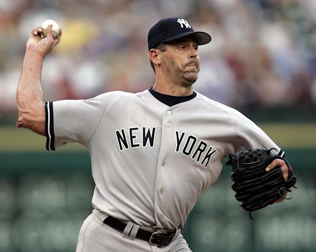 Former MLB pitcher Kevin Brown took the law into his own hands by holding alleged mail thieves at gunpoint. (AP)