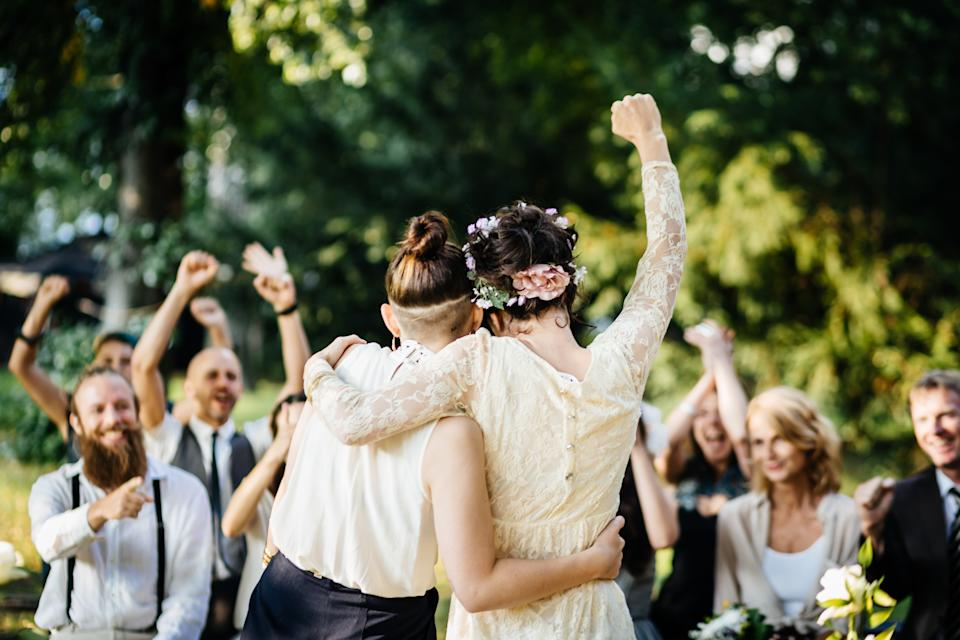 Couples are now thinking outside of the conventional weekend weddings and are hosting brunch weddings on weekend mornings or weekdays. (Photo: Getty)
