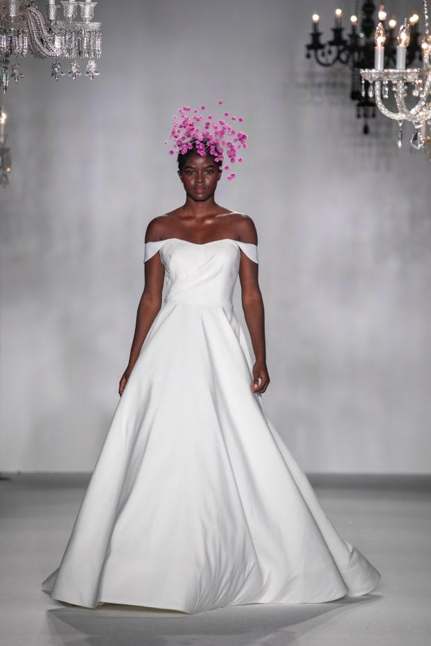 <p>A look from the Anne Barge Fall 2020 bridal collection. Photo: Collin Pierson/Courtesy of Anne Barge</p>