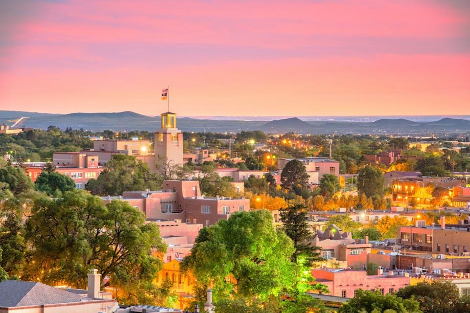 cityscape photo of Santa Fe, New Mexico at dusk