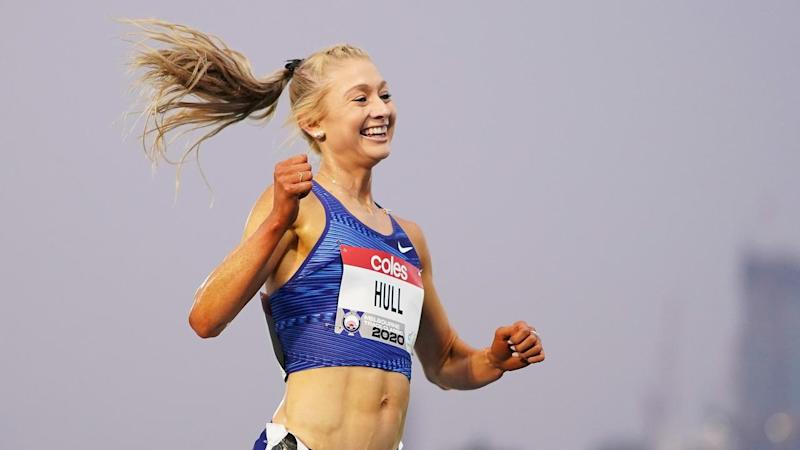 Tokyo-bound Jessica Hull has won the national 5000m title at the Melbourne Track Classic