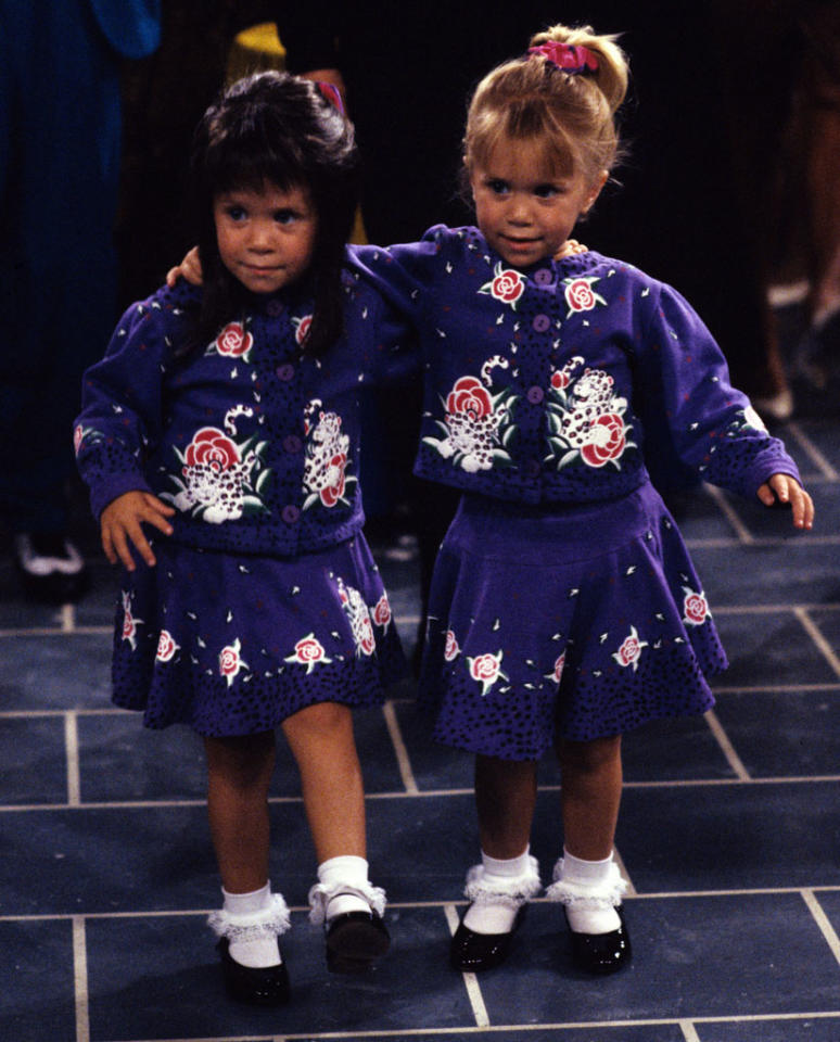 "During the run of ""Full House,"" Mary-Kate and Ashley appeared onscreen together four <a href=""http://books.google.com/books?id=ZGfJOGtUagMC&pg=PA16&lpg=PA16&dq=where+mary+kate+and+ashley+ever+on+screen+together+at+the+same+time+on+full+house&source=bl&ots=VQcfcomneq&sig=Qf86T9yiy3CTpdg8DfVtriS5w3w&hl=en#v=onepage&q=where%20mary%20kate%20and%20ashley%20ever%20on%20screen%20together%20at%20the%20same%20time%20on%20full%20house&f=false"">times</a>. Perhaps the most memorable instance was in the Season 4 episode ""Greek Week."" In a Patty Duke-like twist, Mary-Kate took on the role of Melina Katsopolis, Michelle's look-alike cousin who was visiting from Greece."