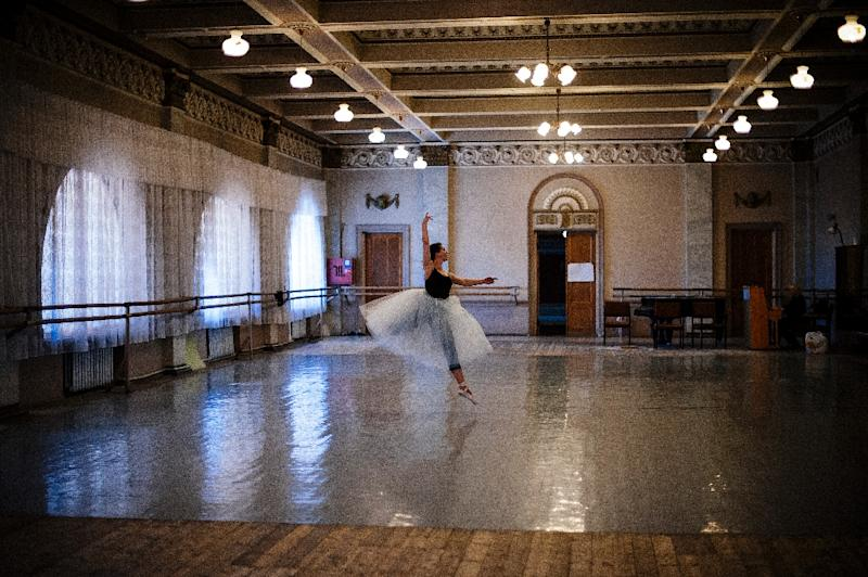 A ballerina practices at the Donetsk State Academic Opera and Ballet Theatre (AFP Photo/Dimitar Dilkoff)
