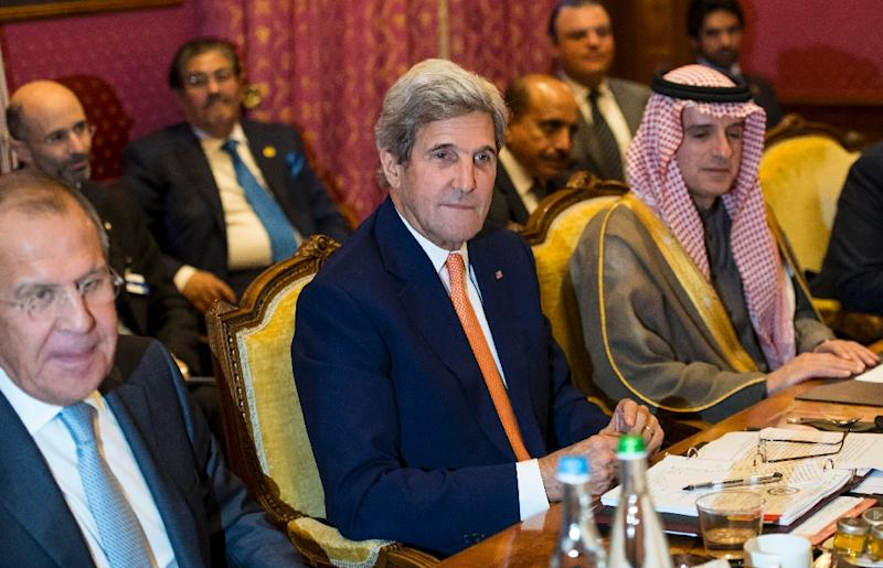 Russian Foreign Minister Sergei Lavrov (L), U.S. Secretary of State John Kerry, (C), Saudi Arabia Foreign Minister Adel al-Jubeir, (R) take part in a meeting on the crisis in Syria, in Lausanne, on October 15, 2016