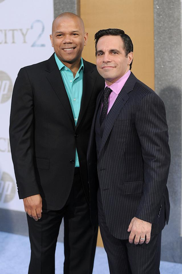 """<a href=""""http://movies.yahoo.com/movie/contributor/1804736555"""">Mario Cantone</a> and guest at the New York City premiere of <a href=""""http://movies.yahoo.com/movie/1810111276/info"""">Sex and the City 2</a> - 05/24/2010"""