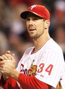 Rangers or Yankees? Nah, it's like old times for Cliff Lee as he returned to the Phillies