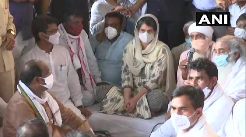 Hathras Case: Priyanka Gandhi Attends Prayer Meeting For Victim at Maharishi Valmiki Temple