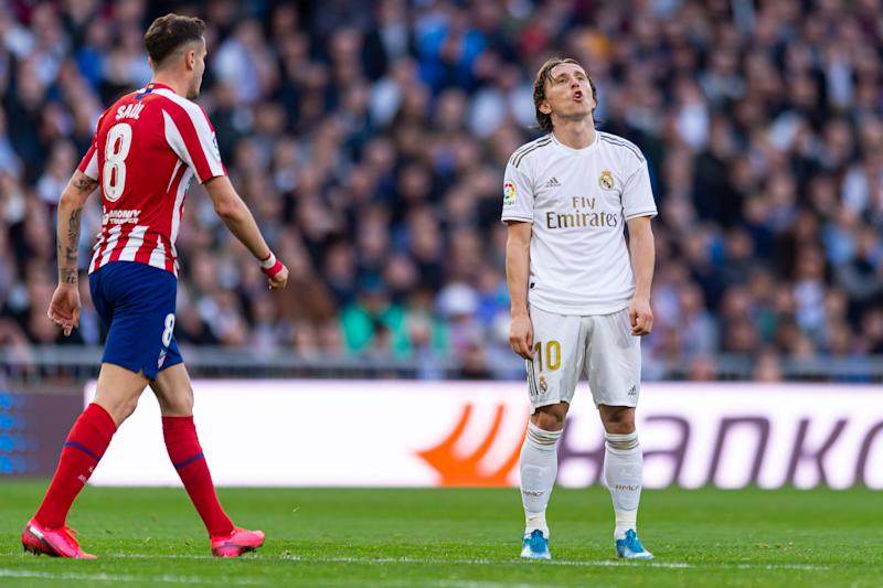 MADRID, SPAIN - FEBRUARY 01: (BILD ZEITUNG OUT) Luka Modric of Real Madrid gestures during the Liga match between Real Madrid CF and Club Atletico de Madrid at Estadio Santiago Bernabeu on February 01, 2020 in Madrid, Spain. (Photo by TF-Images/Getty Images)