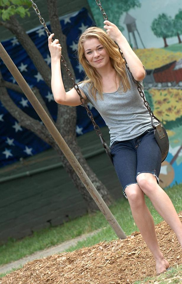 "(EXCLUSIVE, Premium Rates Apply) RUTLEDGE, GA - AUGUST 07:  Award-winning, Multi Platinum Country recording artist LeAnn Rimes makes her acting debut in ""Good Intentions"" filmed in and Around Atlanta, Georgia on August 7, 2007.  ****EXCLUSIVE****  (Photo by Rick Diamond/WireImage)"