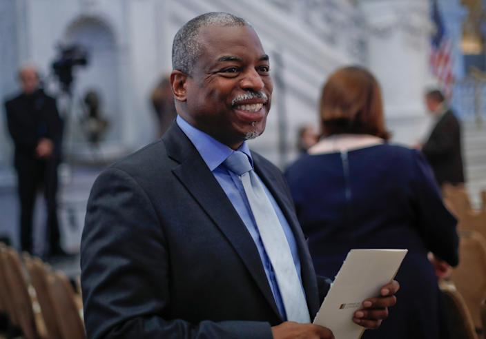 LeVar Burton smiles as he takes his seat in the Great Hall of the Library of Congress in Washington, Wednesday, Sept. 14, 2016.