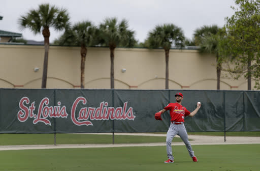 St. Louis Cardinals pitcher Chasen Shreve throws during spring training baseball practice Wednesday, Feb. 13, 2019, in Jupiter, Fla. (AP Photo/Jeff Roberson)