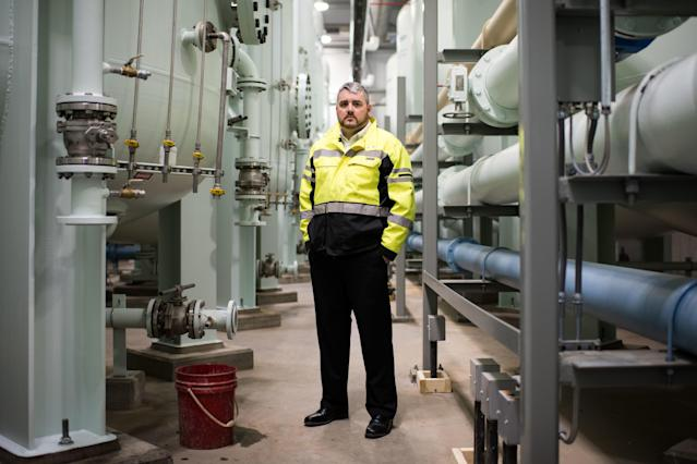 Wayne R. Vradenburgh, water superintendent for Newburgh, New York, at the city's new water treatment facility on Feb. 26, 2018. (Mark Kauzlarich for HuffPost)