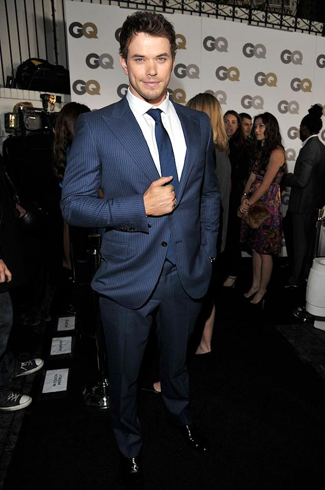 """Twilight"" beefcake Kellan Lutz, who is reportedly on again with sometime girlfriend AnnaLynne McCord, was dashing in a blue pinstripe Simon Spurr suit. Lester Cohen/<a href=""http://www.gettyimages.com/"" target=""new"">GettyImages.com</a> - November 17, 2010"