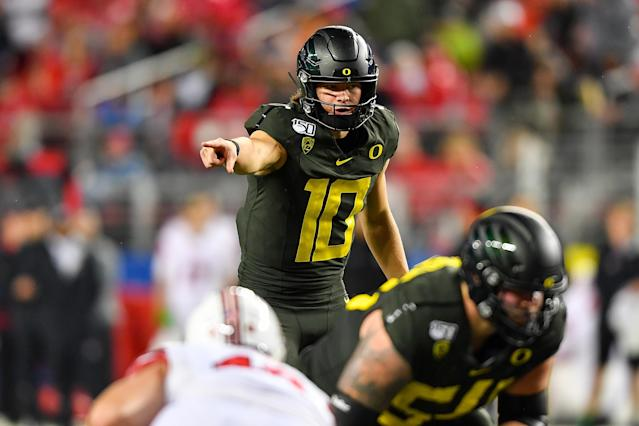 NFL scouts would like to see Oregon's Justin Herbert assert himself as an alpha leader this week at the Senior Bowl. (Alika Jenner/Getty Images)