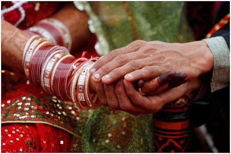 Kerala: Newly Wed Couple, 41 Marriage Guests Test Covid-19 Positive in Kasargod, Case Registered