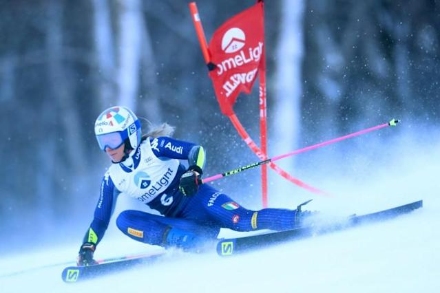 Italy's Marta Bassino on the way to victory in the women's alpine World Cup giant slalom at Killington, Vermont (AFP Photo/TOM PENNINGTON)
