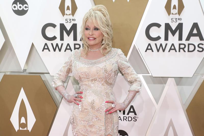 NASHVILLE, TENNESSEE - NOVEMBER 13: (FOR EDITORIAL USE ONLY) Dolly Parton attends the 53nd annual CMA Awards at Bridgestone Arena on November 13, 2019 in Nashville, Tennessee. (Photo by Taylor Hill/Getty Images)