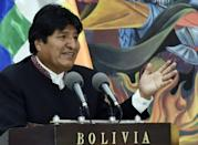 President Evo Morales has suspended his campaign for re-election to deal with the fires, amid criticism he has prioritized agriculture over the environment