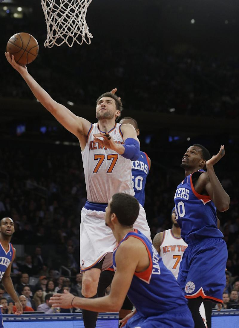 Knicks' Bargnani out with torn left elbow ligament