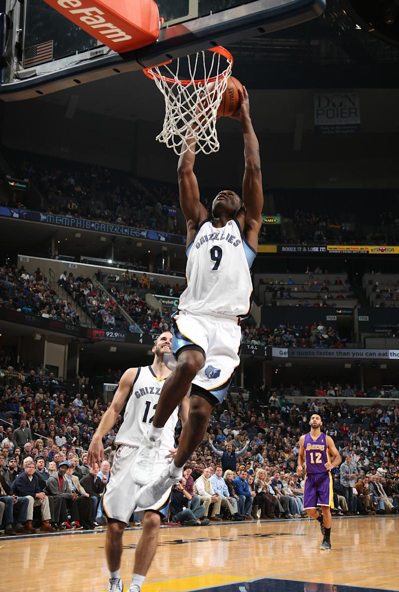 Lee scores 18 as Grizzlies beat Lakers, 108-103