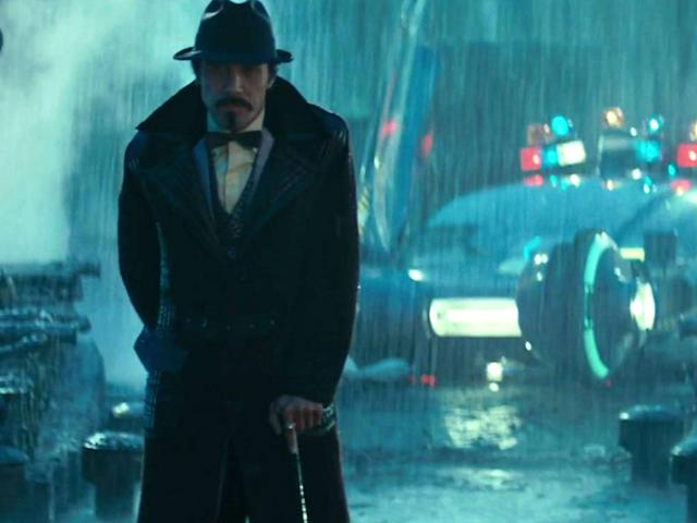 Did Edward James Olmos's Gaff realize that Deckard was a replicant in <em>Blade Runner</em>? (Photo: Warner Bros.)