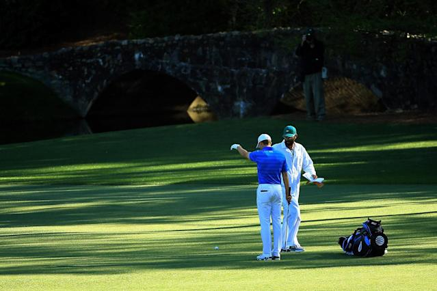 """<h1 class=""""title"""">2016 Masters - Jordan Spieth - Final Round</h1> <div class=""""caption""""> Jordan Spieth takes his first drop on the 12th hole during the final round of the 2016 Masters. </div> <cite class=""""credit"""">(Photo by David Cannon/Getty Images)</cite>"""