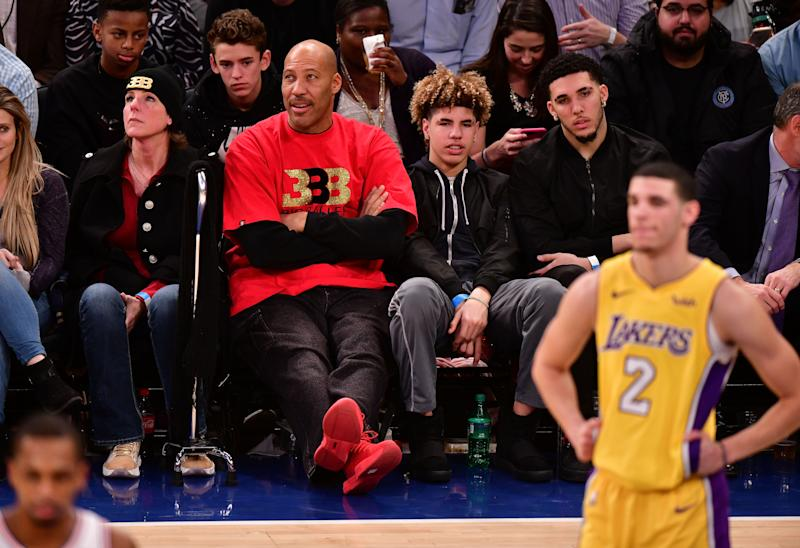 NEW YORK, NY - DECEMBER 12: Tina Ball, LaVar Ball, LaMelo Ball, LiAngelo Ball and Lonzo Ball attend the Los Angeles Lakers Vs New York Knicks game at Madison Square Garden on December 12, 2017 in New York City. (Photo by James Devaney/Getty Images)