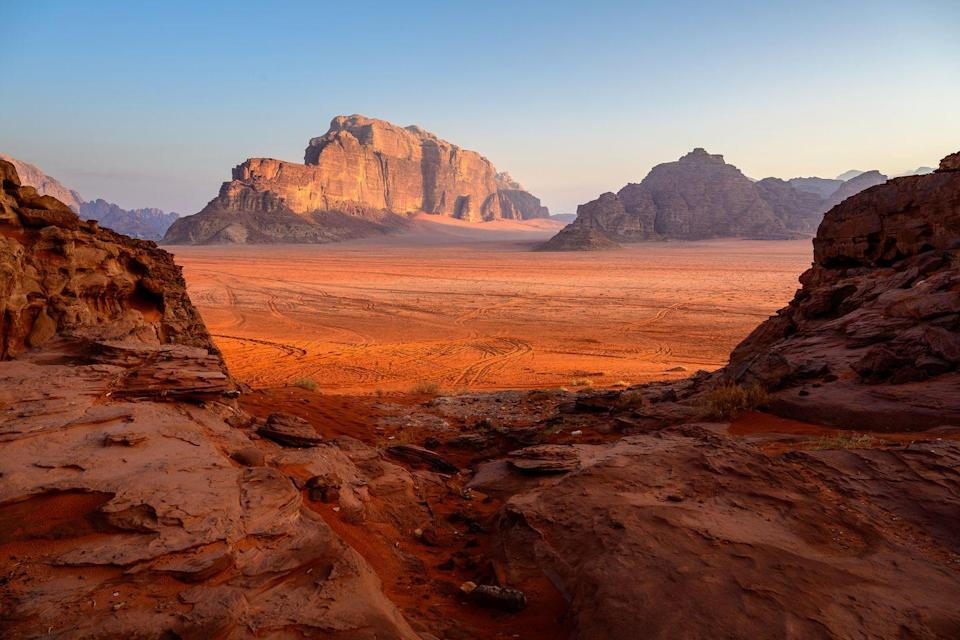 <p>Wake up on the Wadi Rum desert's red sand dunes and you'll feel like you've stepped on to the surface of Mars. </p>