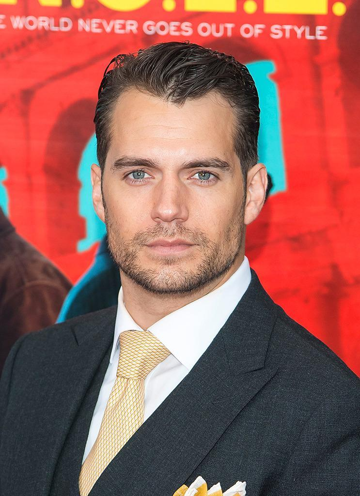 <p>One of<i> Superman</i> star Henry Cavill's superpowers is that his blue eyes aren't identical, yet it only makes him more dashing. One has a speck of brown. <i>(Photo: WireImage) <br></i></p>