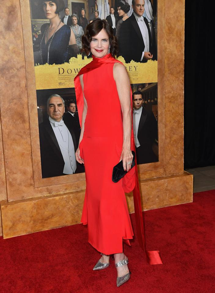Elizabeth McGovern wore a red gown by Antonio Berardi to the Downton Abbey New York premiere. [Photo: Getty Images]