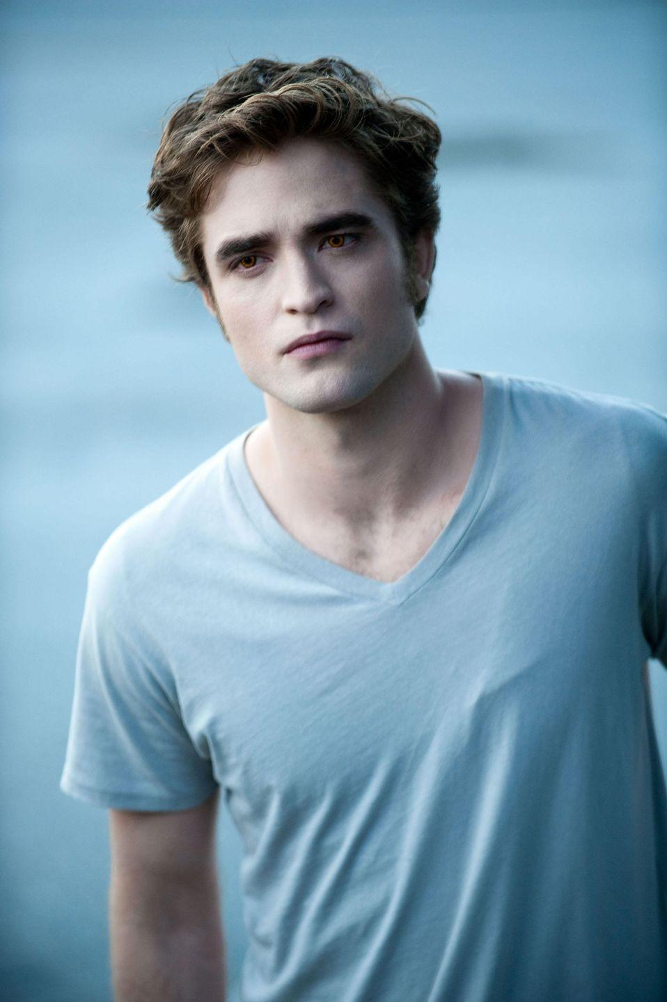 """<p>You could say that Edward is dangerously possessive and shouldn't date women who are 90 years younger than him. But you can't say that he doesn't have amazing eyebrows. Those bad boys are so thick and dark that even Cara Delevingne is jealous. My guess is that he uses the <a href=""""https://www.sephora.com/product/brow-mvp-ultra-fine-brow-pencil-styler-P448878"""" rel=""""nofollow noopener"""" target=""""_blank"""" data-ylk=""""slk:Fenty Beauty Brow MVP Pencil and Styler"""" class=""""link rapid-noclick-resp"""">Fenty Beauty Brow MVP Pencil and Styler</a> ($20) to fill in any gaps, and goes over that with the<a href=""""https://www.sephora.com/product/gimme-brow-P409239?country_switch=us&lang=en&skuId=2063907&om_mmc=ppc-GG_1918213323_68906953085_pla-420667555863_2063907_353513010199_9004077_c&ds_rl=1261471&gclid=CjwKCAjw74b7BRA_EiwAF8yHFCrZq3vy-JyvqgKhlI7iLxSYebhawRk6ck1M72MNoqe3F4FQ_hYjyhoCPxsQAvD_BwE&gclsrc=aw.ds"""" rel=""""nofollow noopener"""" target=""""_blank"""" data-ylk=""""slk:Benefit Gimme Brow+ Gel"""" class=""""link rapid-noclick-resp""""> Benefit Gimme Brow+ Gel</a> ($24) for extra volume and drama.</p>"""
