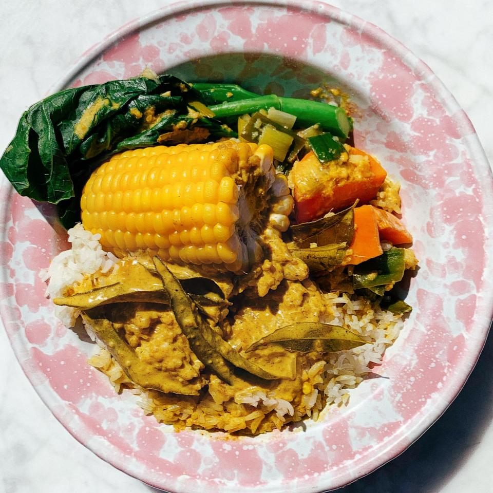 The pay-what-you-want vegan curry plate at Short Stories in New York City