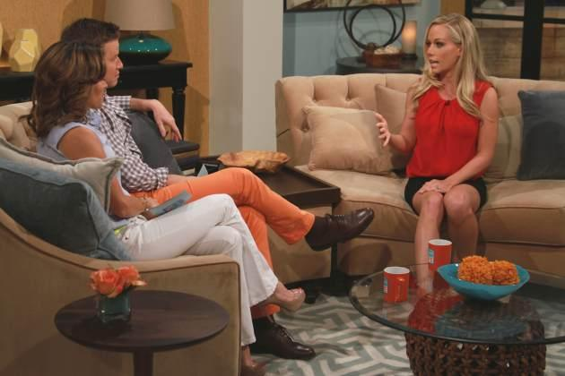 Kendra Wilkinson stops by Access Hollywood Live on March 29, 2013 -- Access Hollywood