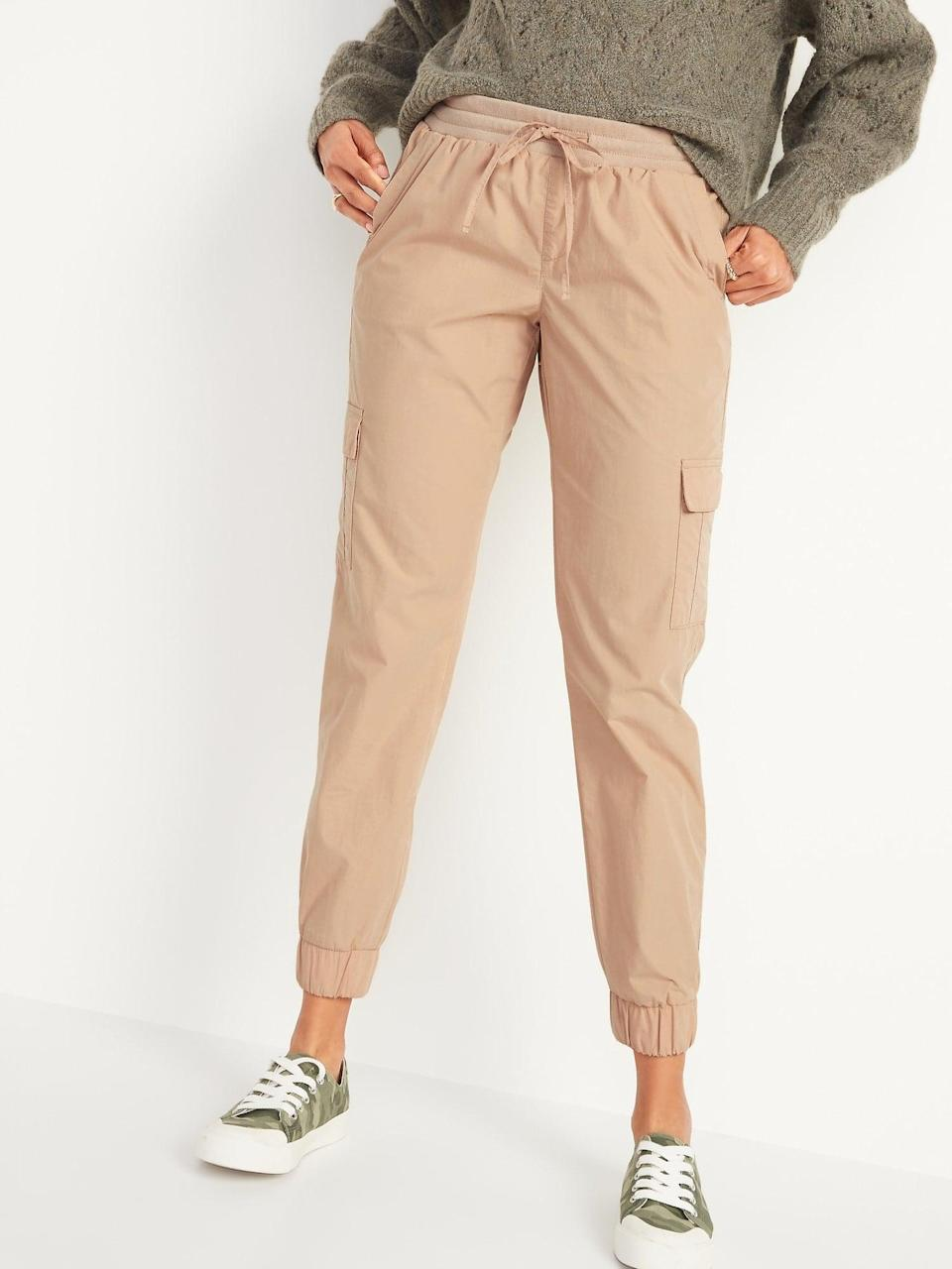 <p>These <span>Old Navy Mid-Rise Rib-Knit Waist Soft-Woven Cargo Jogger Pants</span> ($35) would look cool with sneakers.</p>