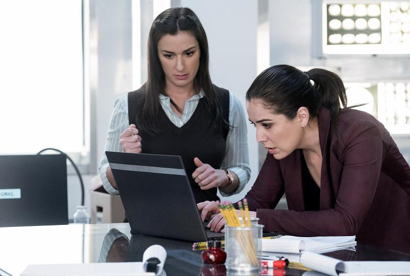 Blindspot recap: The call's coming from inside the house