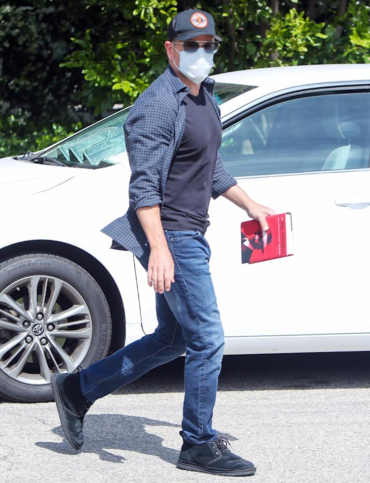 <p>Back in Los Angeles after social distancing outside of Dublin, Matt Damon steps out with his mask on on Sunday.</p>