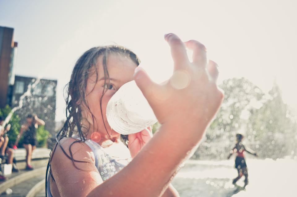 How to keep cool in a heatwave. (Getty Images)